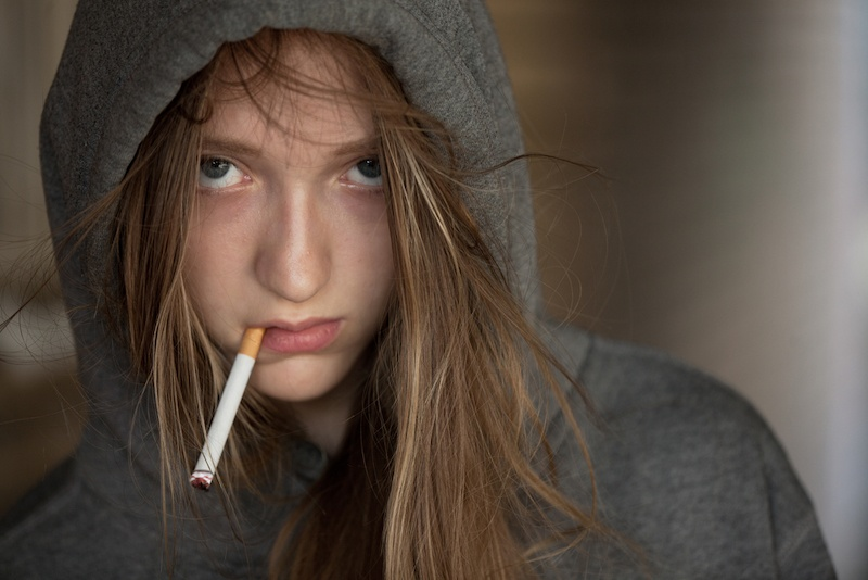 I Let My Daughter Smoke Cigarettes: What To Do When Your Children Smoke?
